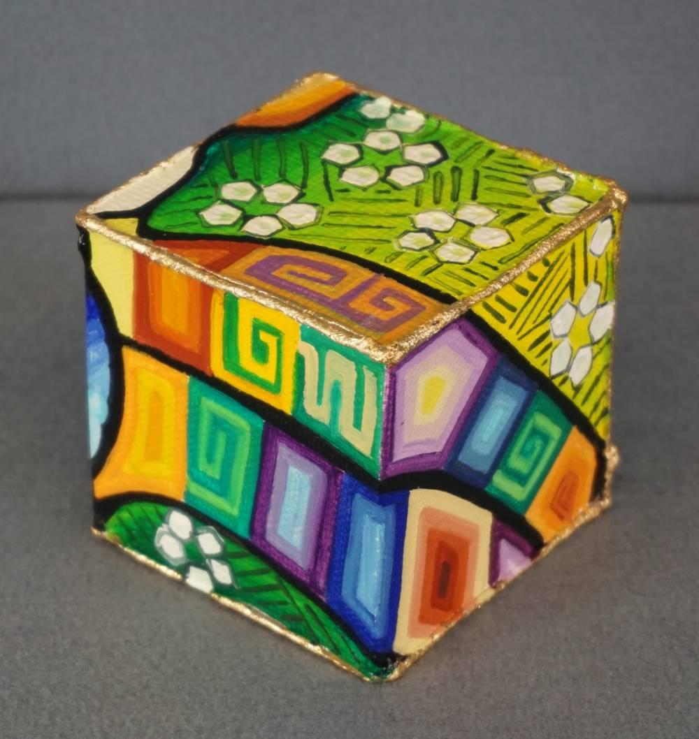 DISTESA SUL PRATO - cubo 8 cm x 8 cm x h 8 cm - olio su tela - anno 2014 - 2° immagine