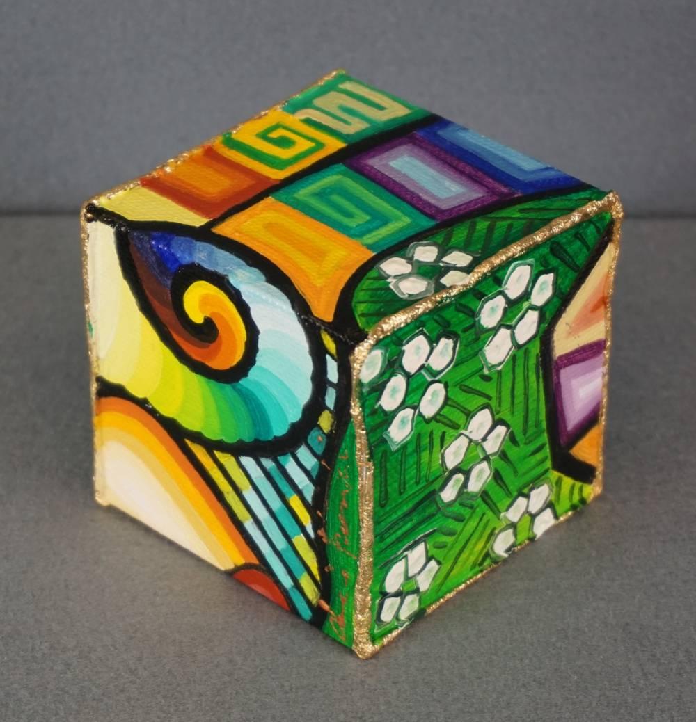 DISTESA SUL PRATO - cubo 8 cm x 8 cm x h 8 cm - olio su tela - anno 2014 - 3° immagine
